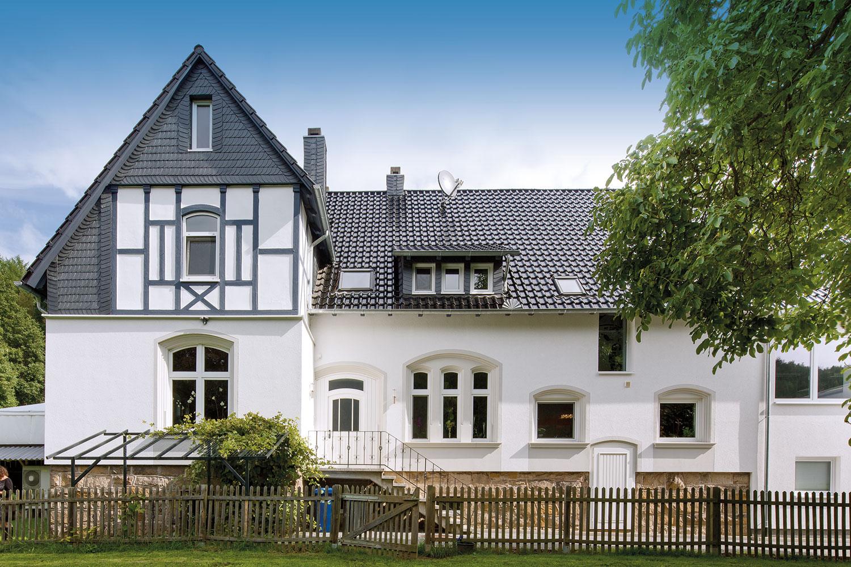 Haus mit Dachpfannen Creaton PREMION